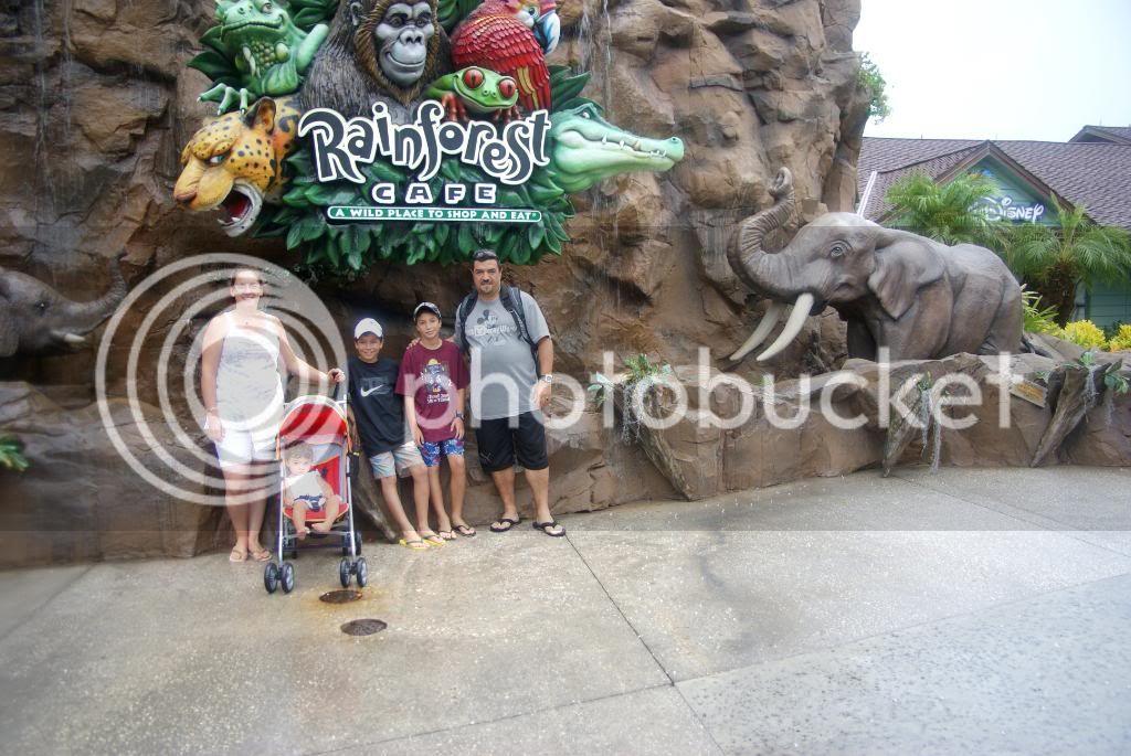 [Walt Disney World Resort] Voyage du 24 juillet au 12 aout 2010 - Page 4 DSC03342