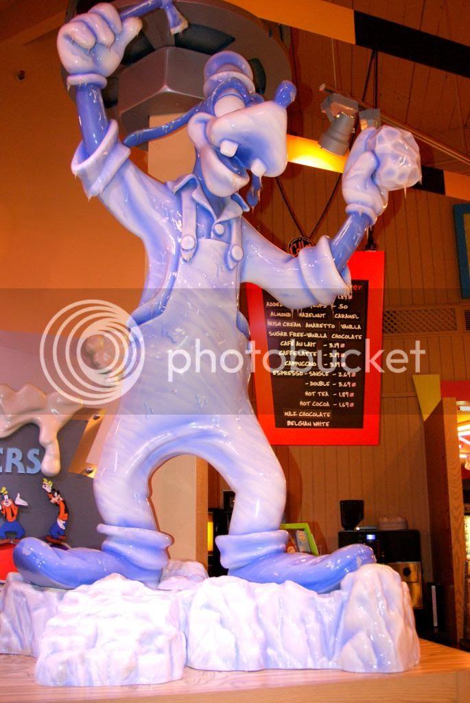 [Walt Disney World Resort] Voyage du 24 juillet au 12 aout 2010 - Page 4 DSC03425