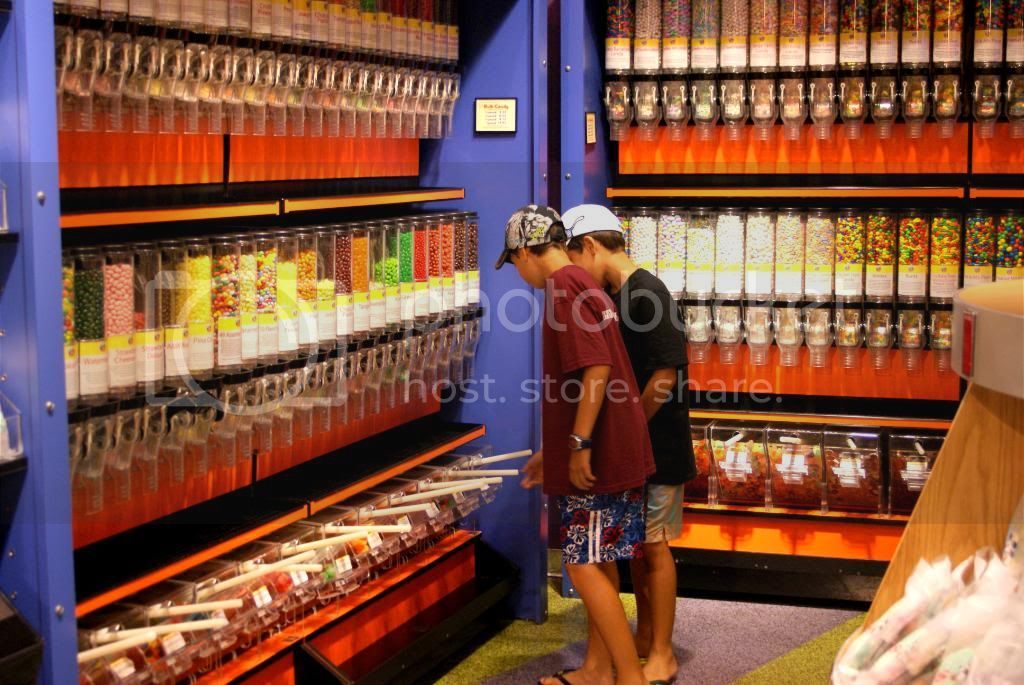 [Walt Disney World Resort] Voyage du 24 juillet au 12 aout 2010 - Page 4 DSC03428