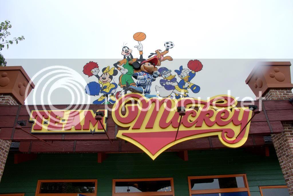 [Walt Disney World Resort] Voyage du 24 juillet au 12 aout 2010 - Page 4 DSC03504
