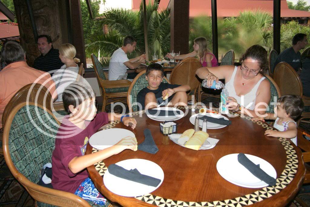 [Walt Disney World Resort] Voyage du 24 juillet au 12 aout 2010 - Page 4 DSC03760
