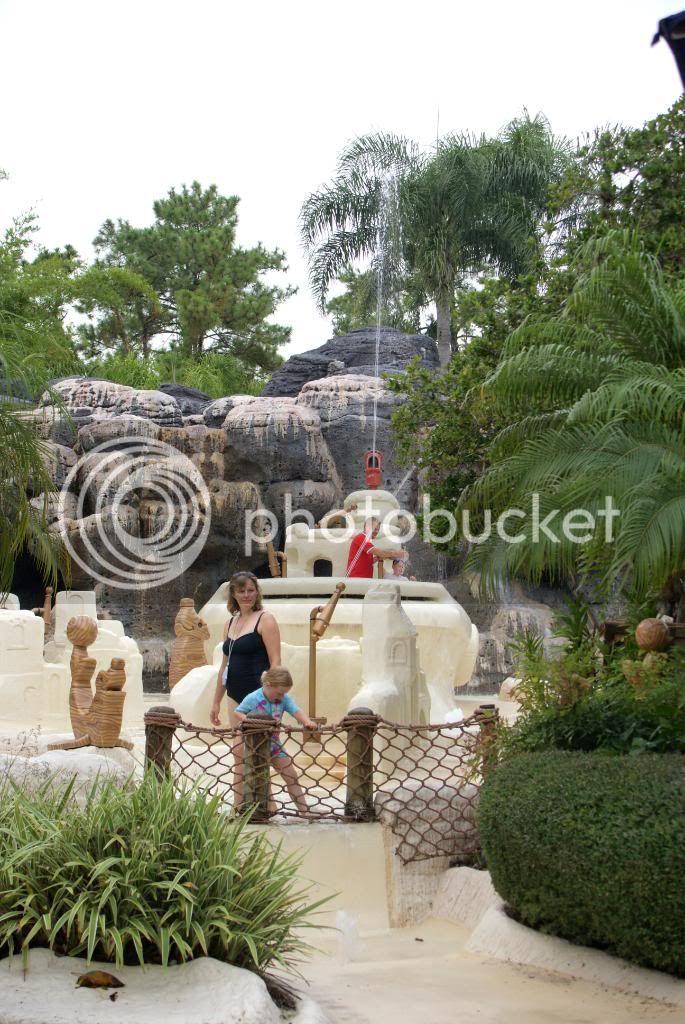 [Walt Disney World Resort] Voyage du 24 juillet au 12 aout 2010 - Page 4 DSC03998