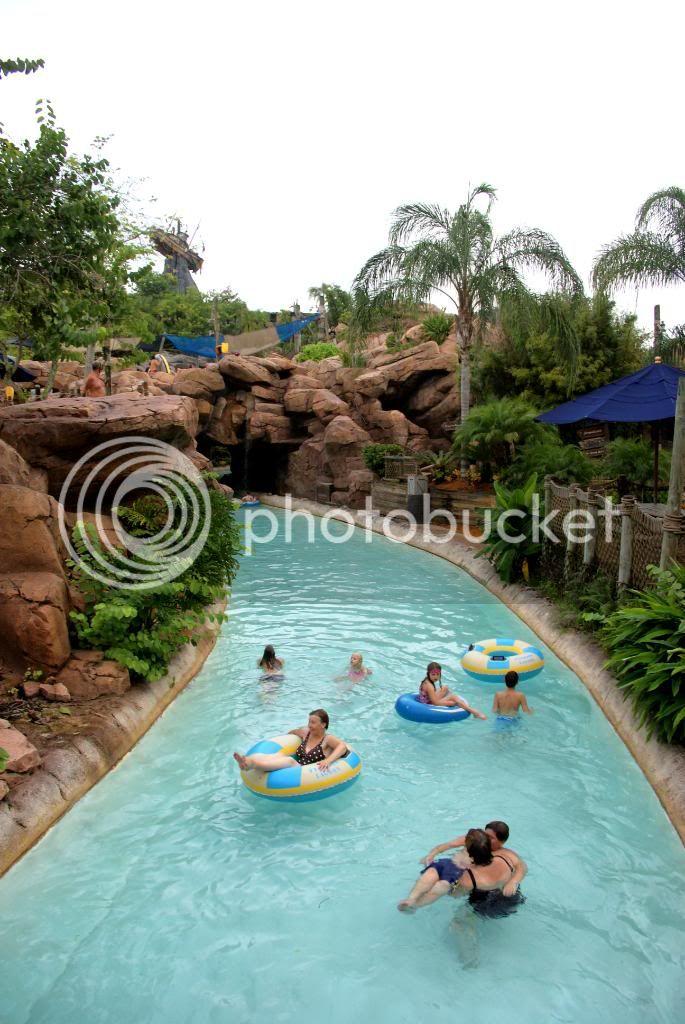 [Walt Disney World Resort] Voyage du 24 juillet au 12 aout 2010 - Page 4 DSC04000