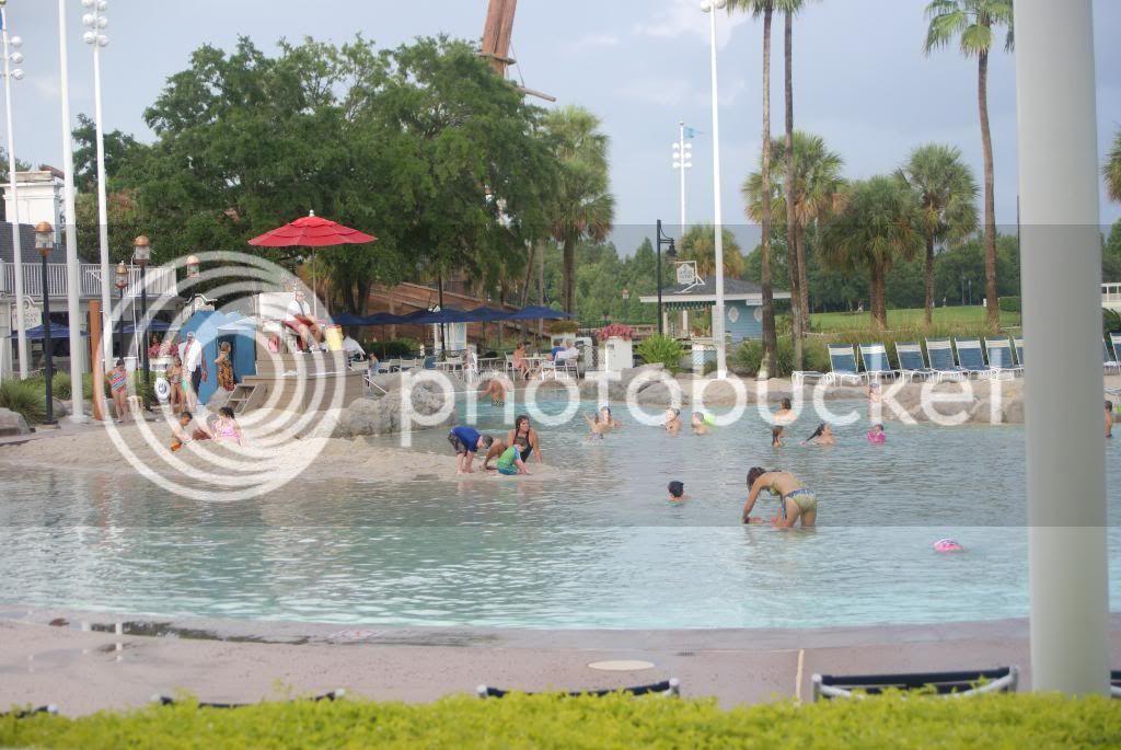 [Walt Disney World Resort] Voyage du 24 juillet au 12 aout 2010 - Page 4 DSC04300