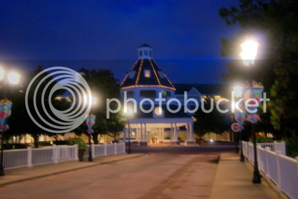 [Walt Disney World Resort] Voyage du 24 juillet au 12 aout 2010 - Page 4 DSC04404