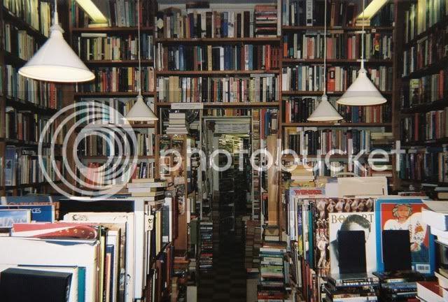 Description 8_bookstore