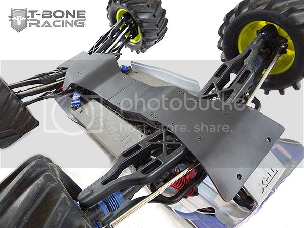 [News] Skid plate intégrale Par T-Bone E-Maxx_Front_and_Rear_Chassis_Skids.3__97124.1464029402.1280.1280