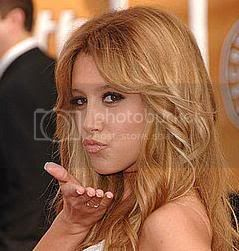 peinado para ños nuevo Ashley-Tisdale_preview
