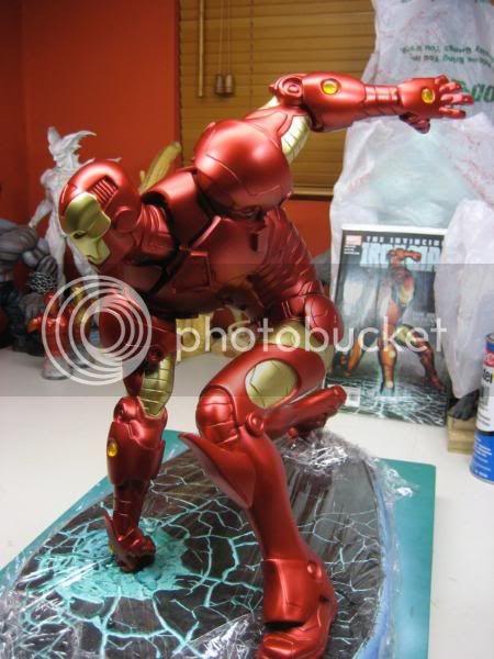 La fin de  Iron Man - Page 3 IronMan-1