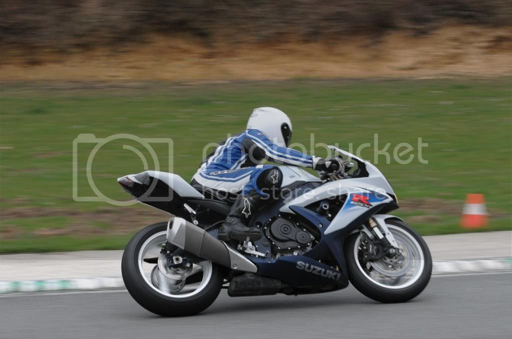 E a GSX-R 600 na pista... 20130413-Folembray-3559_zps23eacb41