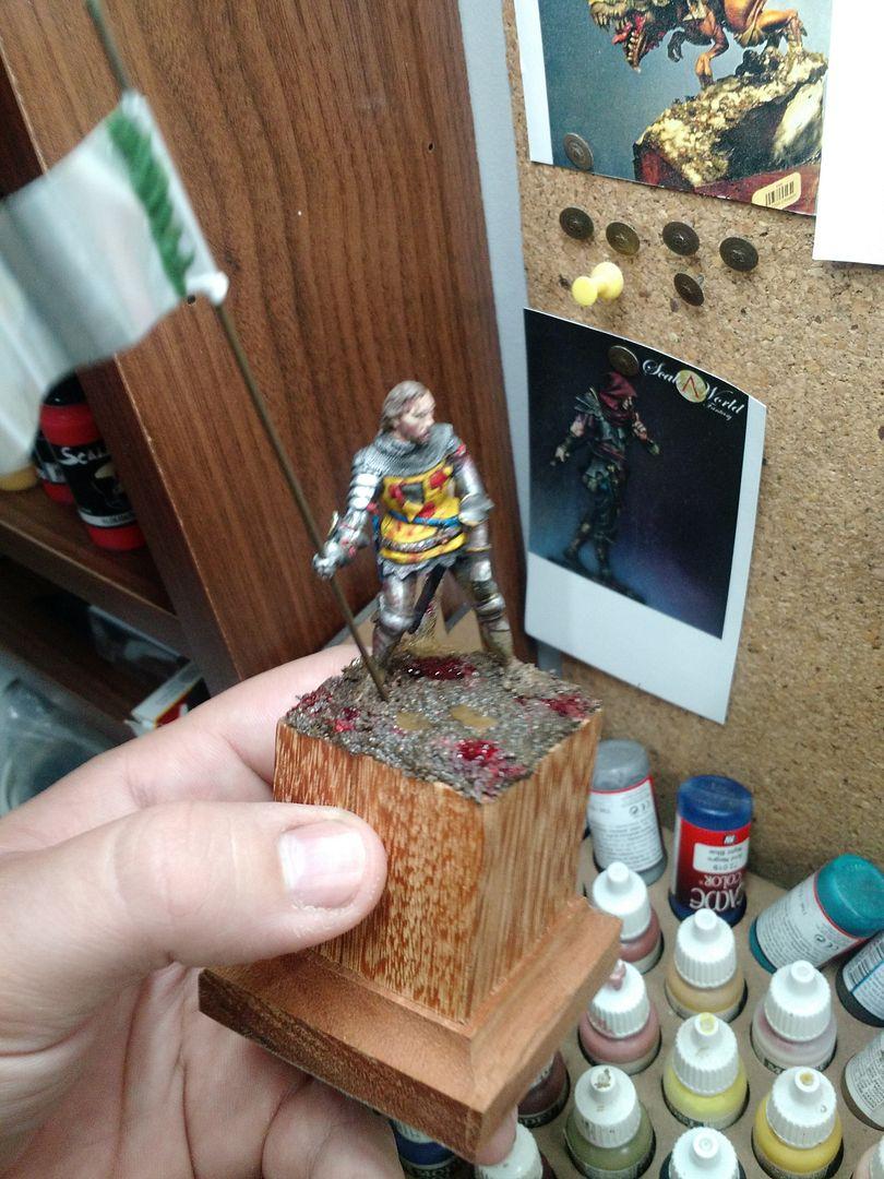 Guilhaume de Martel empunhando a Auriflama - Batalha de Agincourt - 1415 IMG_20151228_091726192_TOP_zpsyfimykb7