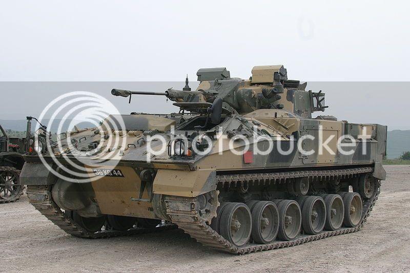 Warrior MCV (Academy 1365) a 1/35 WarriorMCVH02