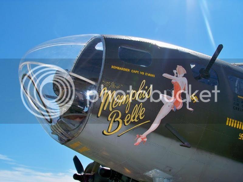 Yo los llamo tuneados de Aviones 100710_MemphisBelleNose-2