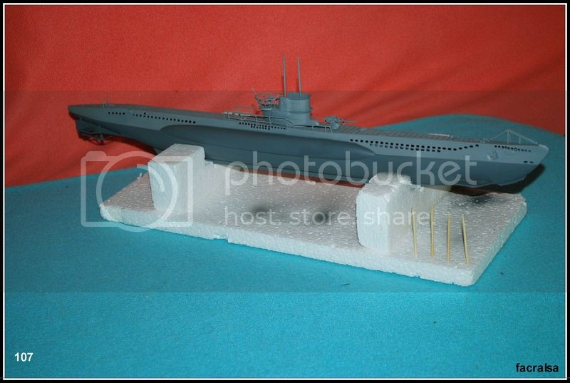 GERMAN SUBMARINO U-99 (Revell 1/125) U-99%20107
