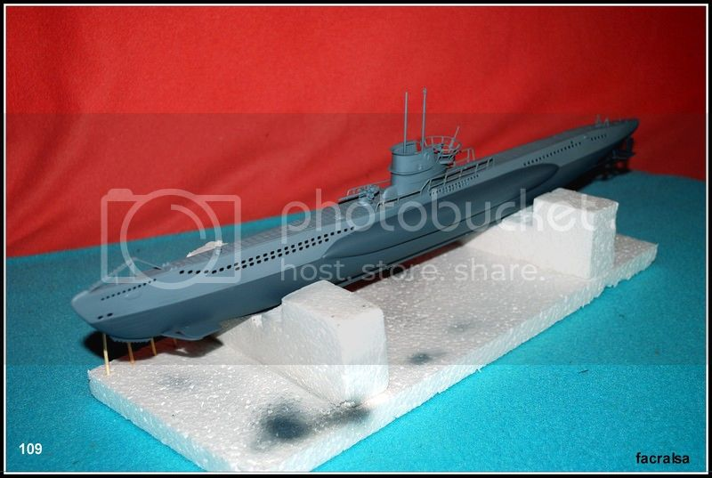 GERMAN SUBMARINO U-99 (Revell 1/125) U-99%20109
