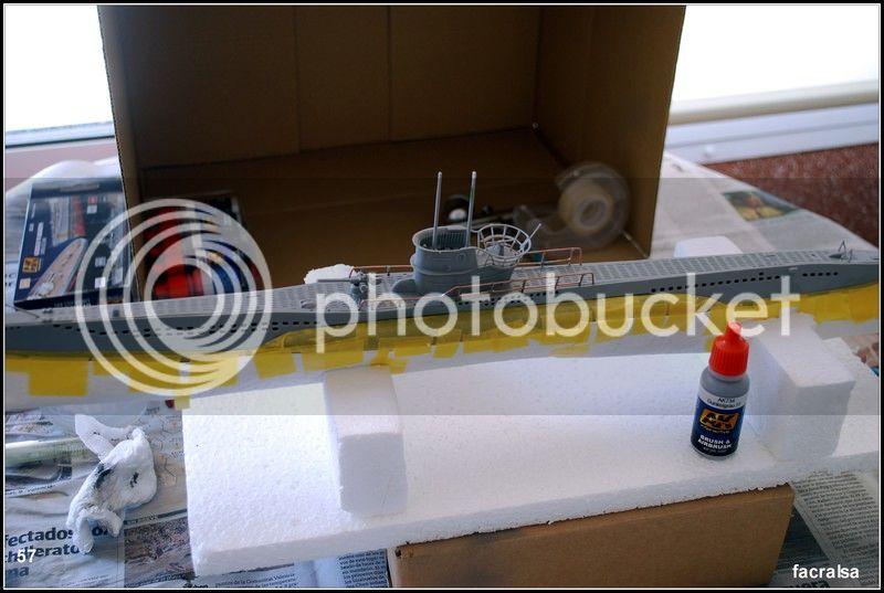 GERMAN SUBMARINO U-99 (Revell 1/125) U-99%2057