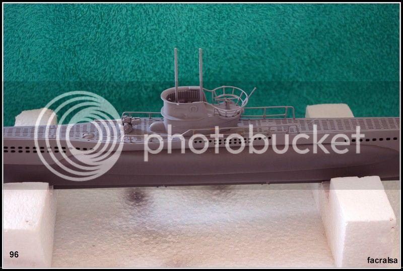 GERMAN SUBMARINO U-99 (Revell 1/125) U-99%2096