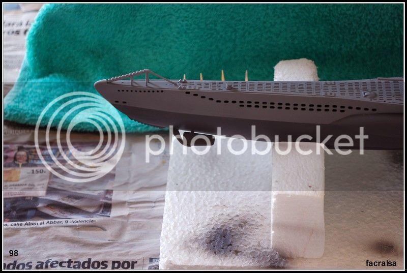 GERMAN SUBMARINO U-99 (Revell 1/125) U-99%2098