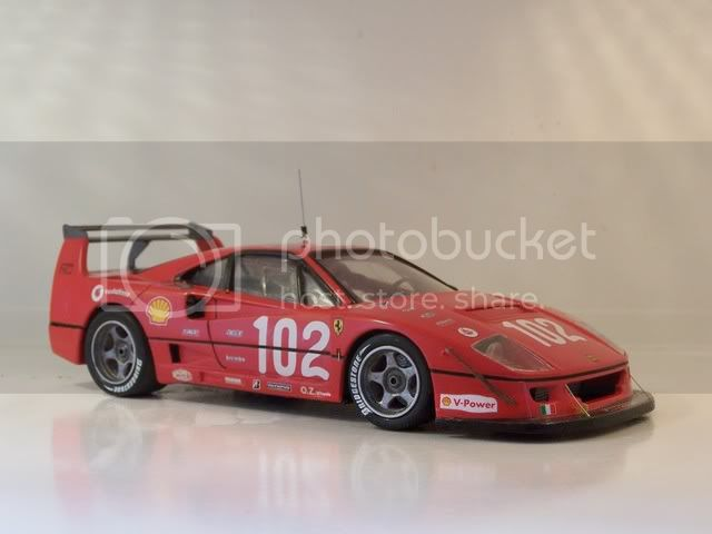 F 40 LM 002