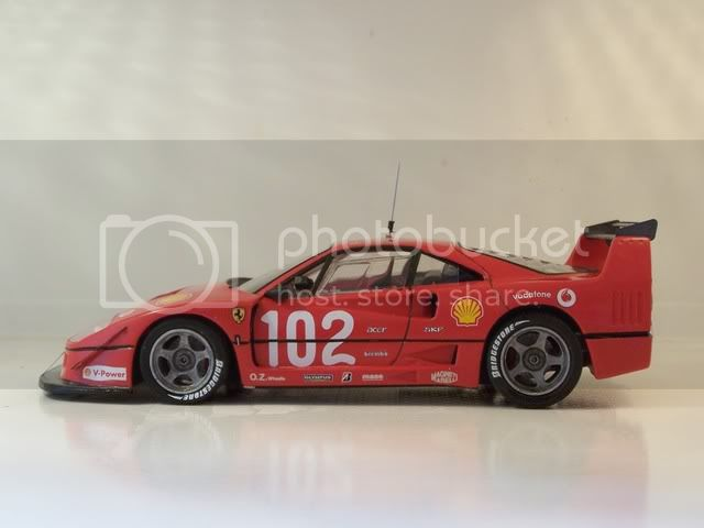 F 40 LM 005