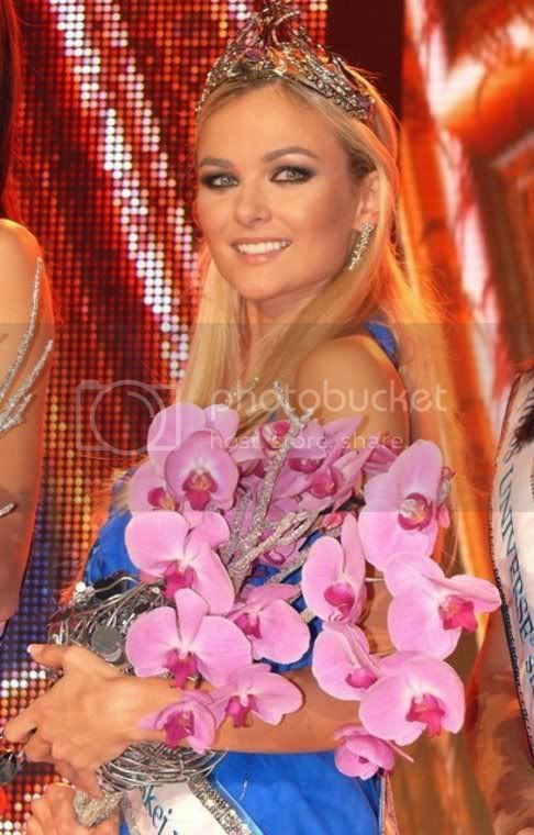 Anna Amenova, Miss Slovak Republic Universe 2010 - Official Thread 10740511-miss-universe