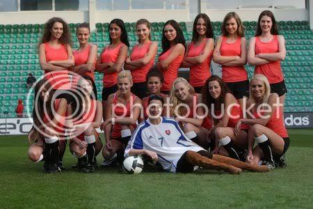 ROAD TO MISS SLOVAKIA WORLD 2010 - Page 3 532505_miss010-missky-futbalovy-dre