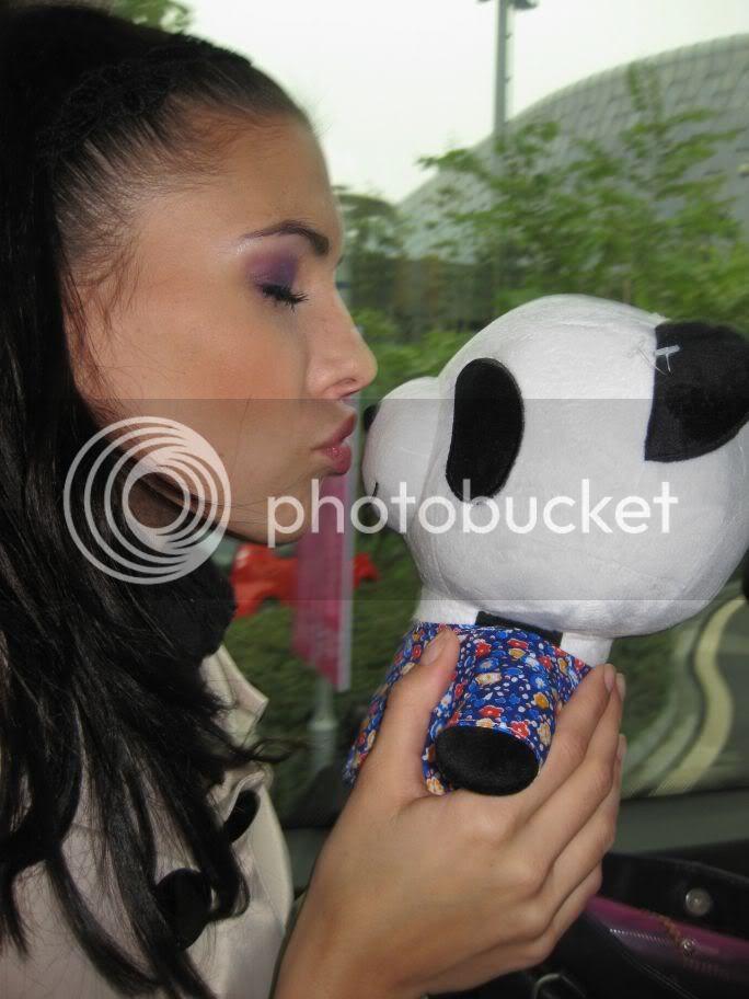 Sona Skoncova - Miss Slovak Republic International 2009 (Official Thread) - Page 3 Ja20panda