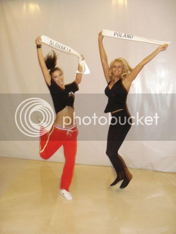 Sona Skoncova - Miss Slovak Republic International 2009 (Official Thread) - Page 3 Jump