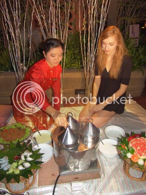 Road to Miss Slovakia WORLD 2011 - Page 2 Miss-ako_sa_ucili_robit_thajske_speciality2
