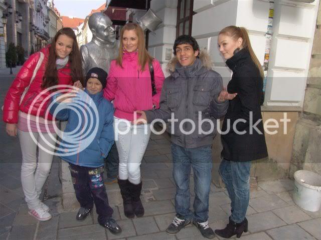 Road to Miss Slovakia WORLD 2011 - Page 4 Miss-bratislava-prehliadka
