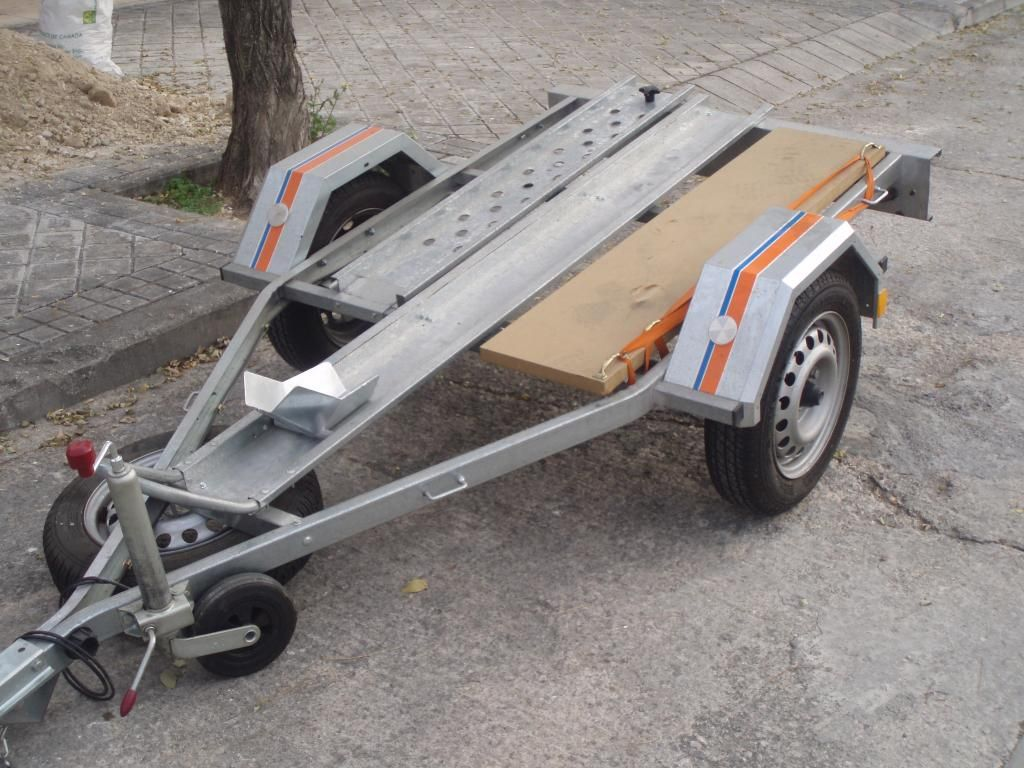 Vendo remolque moto P1010002_zpskwaagcxv