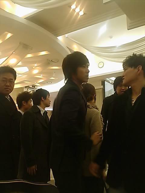 Yunho en la boda de...(Mientras no sea la suya esta biien jiji xDD) 3d6610d190c12fe6572c8485