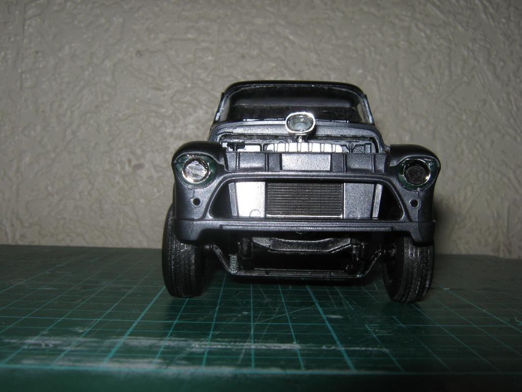 1955 Chevy Cameo Pickup (Chopped + Jacked rear) IMG_1588_zpsaa77198e