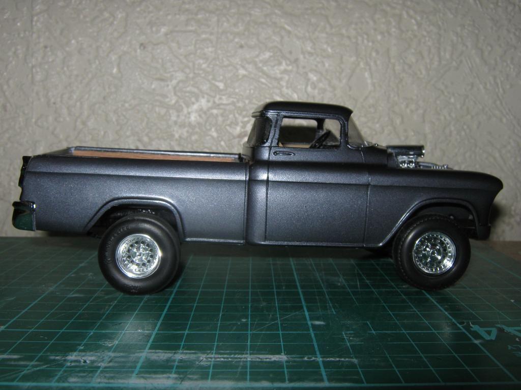 1955 Chevy Cameo Pickup (Chopped + Jacked rear) IMG_1589_zpse1b9253c