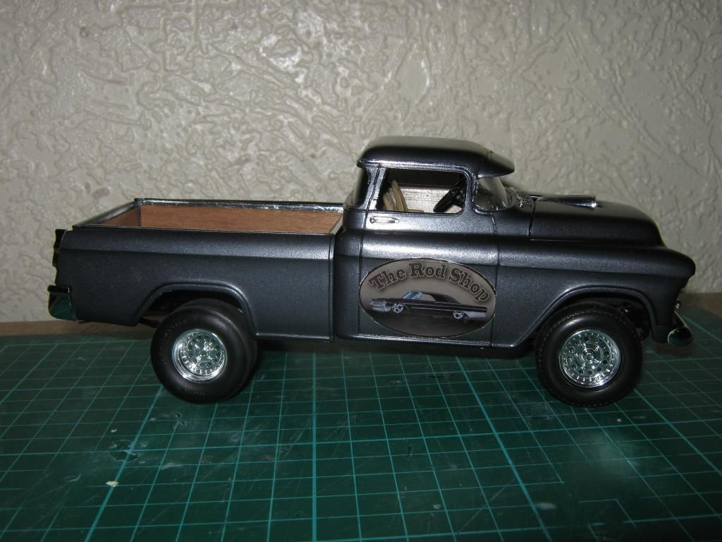 1955 Chevy Cameo Pickup (Chopped + Jacked rear) IMG_1608_zpsa6462881