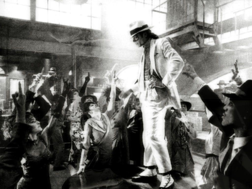 """Immagini vietate ai """"deboli di cuore"""" - Pagina 39 Michael-Jackson-michael-jackson-693"""