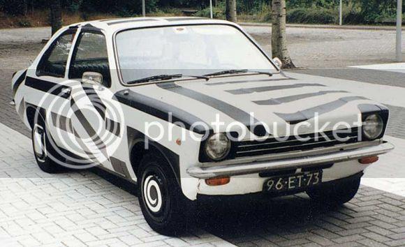 Come rovinare una Ritmo Patricia_Van_Lubeck_Art_Car_Central_Opel-Kadett2_zps81411ae8