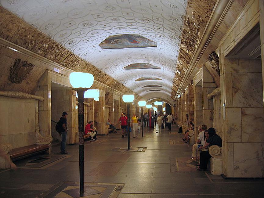 La belleza de las estaciones del Metro de Moscú Metro_moscu-2