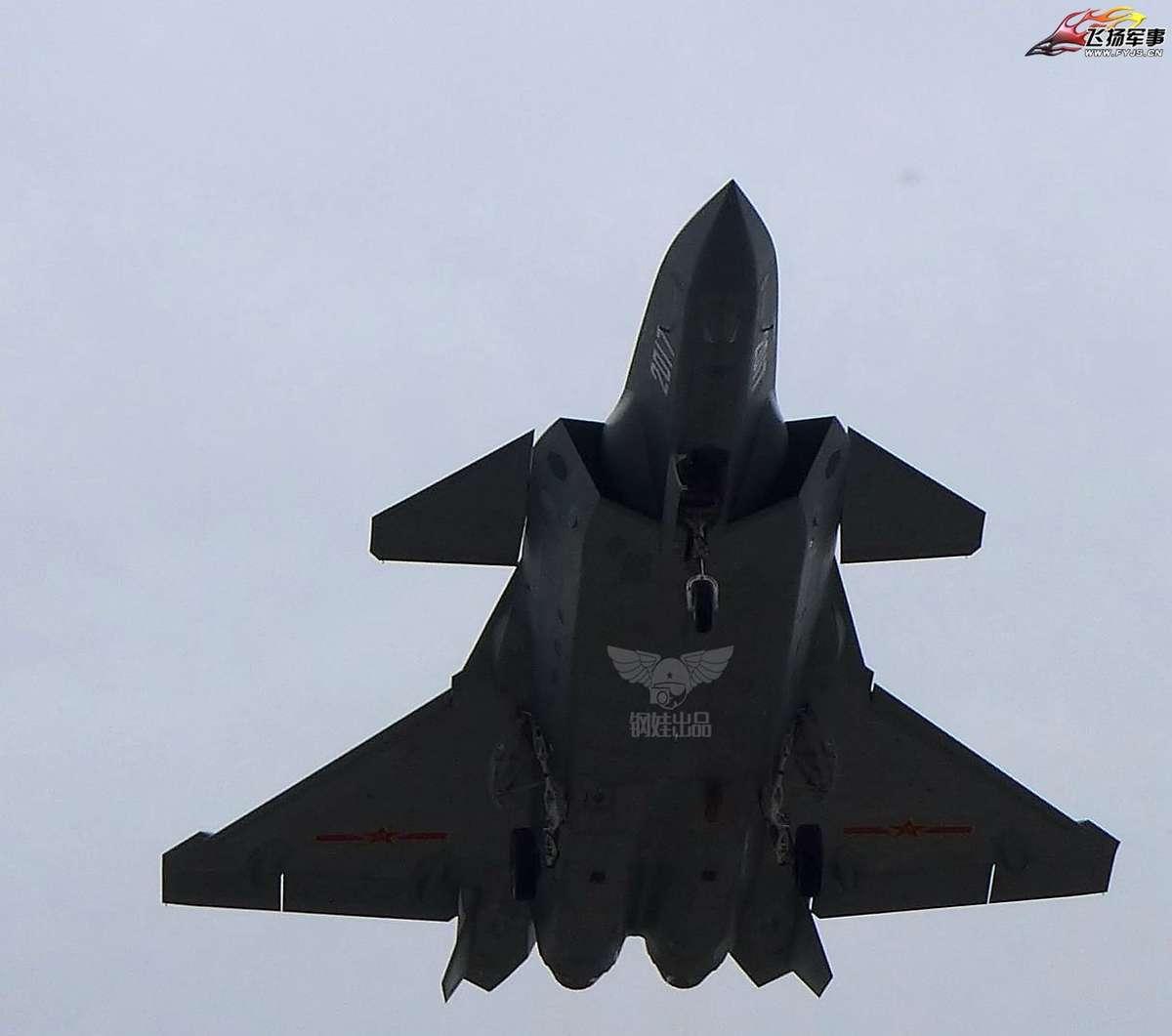 Más detalles del Chengdu J-20 - Página 14 2603891_original