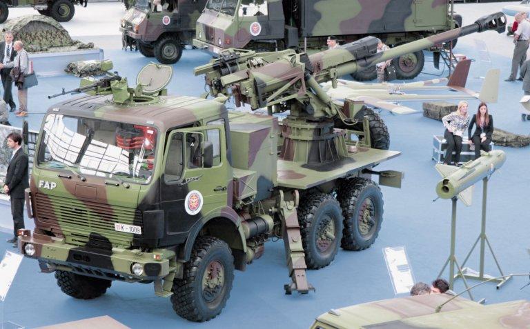 systèmes d'artilleries autotractés et autopropulsés - Page 3 687148_original