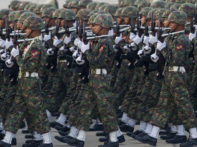 Myanmar Armed Forces 502935_original