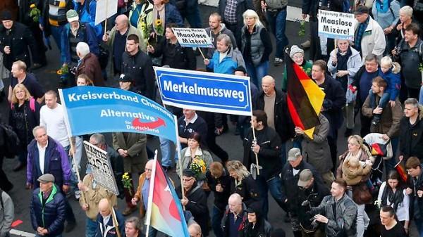 Антиправительственные протесты в Берлине 51105_600