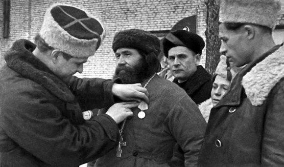 Братья и сестры, товарищи! Поздравляем вас с днём Красной Армии и Флота! 120575_900