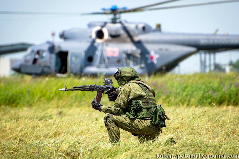 عائلة المروحية الهجومية المتعددة الأدوار الشهيرة Mi24 ـ Mi-35  - صفحة 2 1058091_original