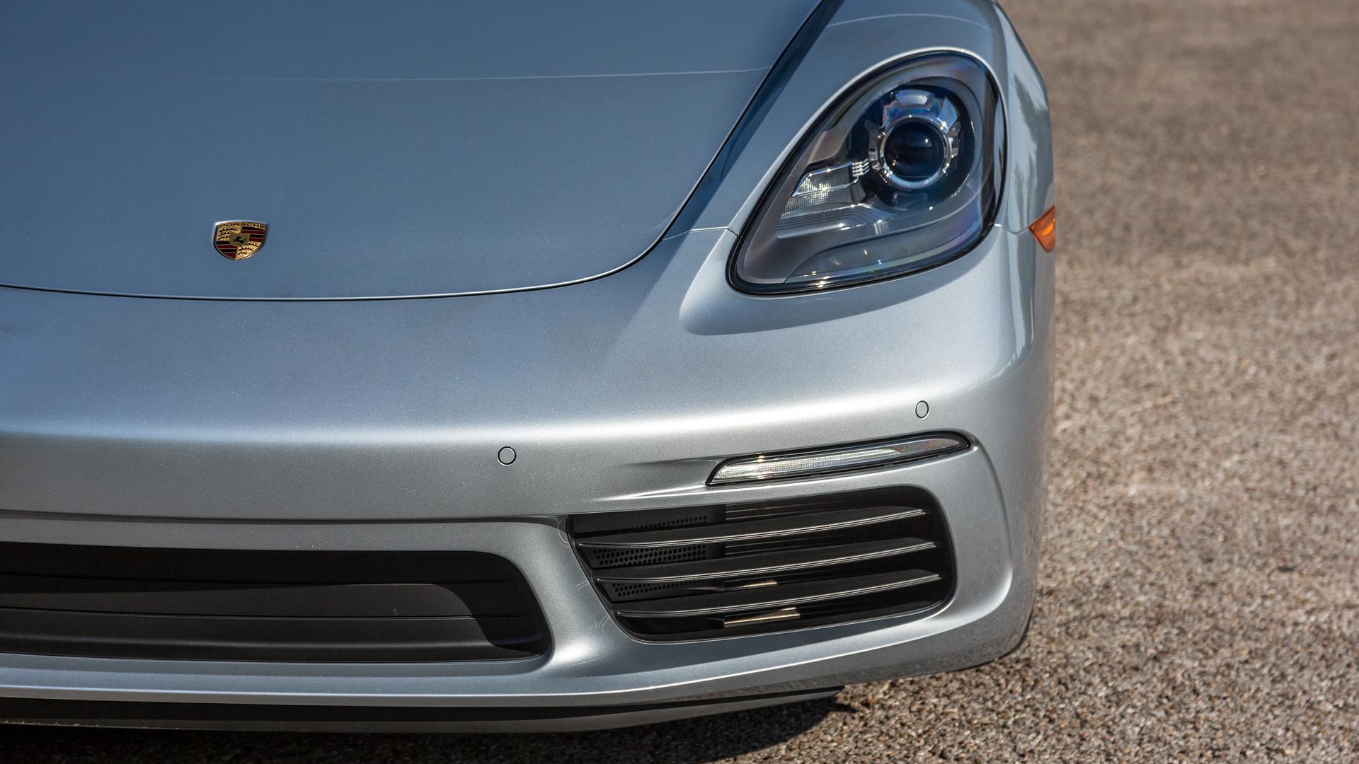 2016 - [Porsche] 718 Boxster & 718 Cayman [982] - Page 5 2017-porsche-718-cayman-first-drive