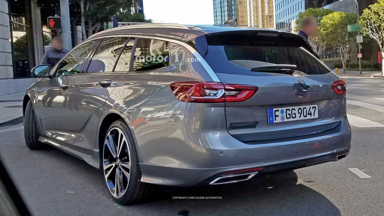 Kia Optima Station Wagon - Página 2 2017-opel-insignia-sports-tourer-spy-photo
