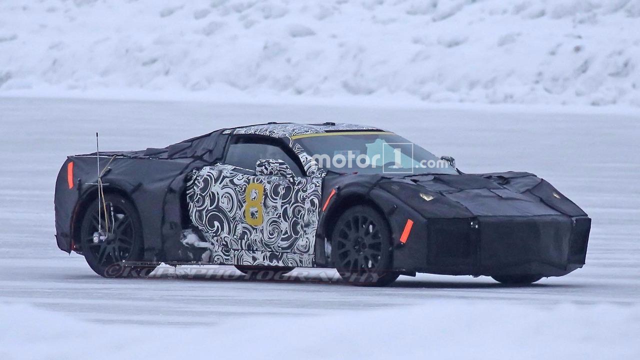 2019 - [Chevrolet] Corvette C8 Stingray Chevy-mid-engine-corvette-spy-pics1
