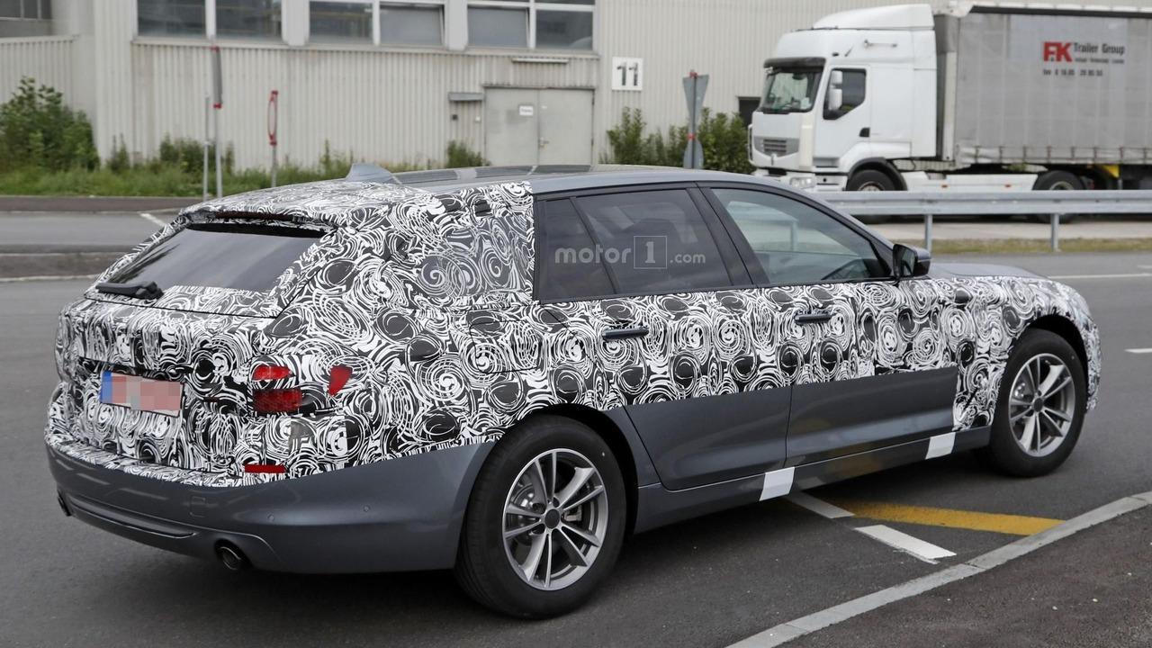 2016 - [BMW] Série 5 Berline & Touring [G30/G31] - Page 16 2017-bmw-5-series-touring-spy-photo