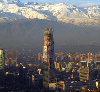 Las construcciones más altas del mundo de ayer y hoy Gran-torre-santiago-overview_400_300