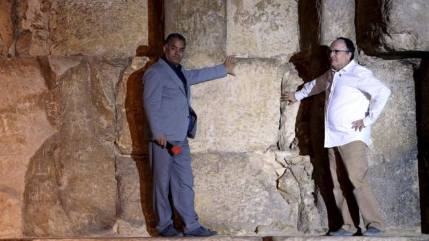 Egypt pyramids scan finds mystery heat spots _86602047_235f94ac-139f-489b-92d3-e2713aede206